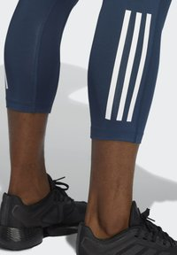 adidas Performance - TECHFIT 3/4 3-STRIPES TIGHTS - Leggings - blue - 4