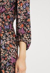 Soaked in Luxury - KIMAYA WRAP DRESS - Day dress - multi-coloured - 5