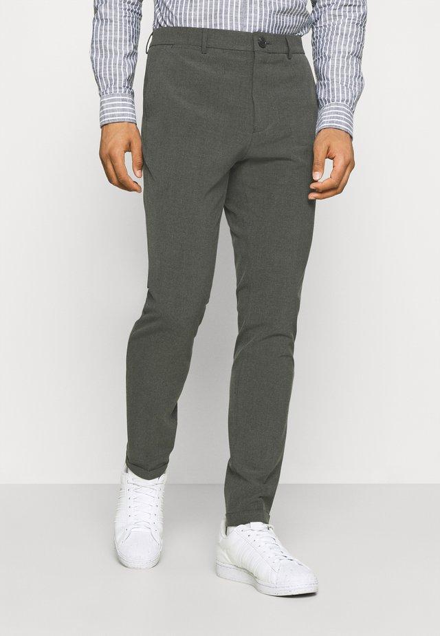 LIAM PANT - Broek - medium grey melange