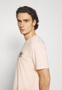 YOURTURN - T-shirt imprimé - pink - 2