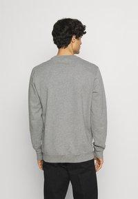 Napapijri - BALIS - Sweatshirt - medium grey melange - 2