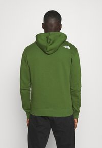 The North Face - SHOULDER LOGO HOODIE - Bluza - conifer green/white - 2