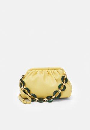 RMALIBOO - Pochette - yellow