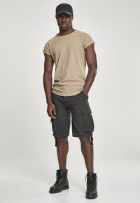 Brandit - VINTAGE  - Shorts - black - 1