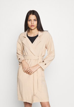 ONLARIS LONG BELT - Trenchcoat - ginger root