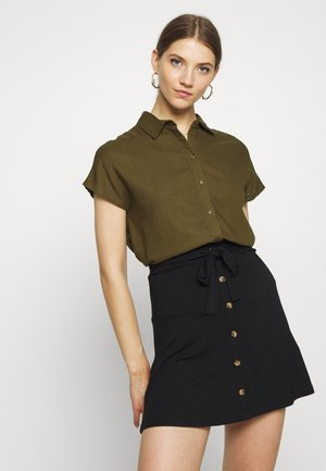 VILALINA CAMP - Button-down blouse - dark olive