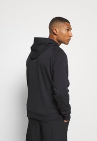 Under Armour - RIVAL HOODIE - Hættetrøjer - black/onyx white - 2