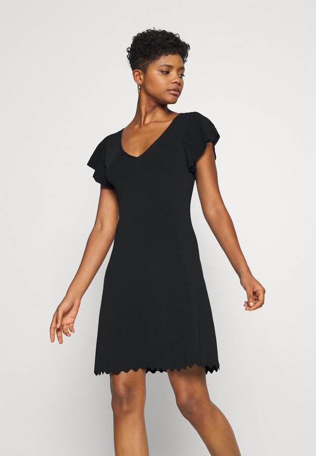 VANESSA FLUTTER SLEEVE DRESS - Jerseyjurk - black
