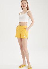 DeFacto - Swimming shorts - yellow - 1