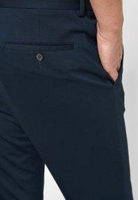 s.Oliver BLACK LABEL - Pantaloni - blue - 3