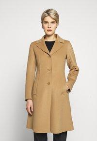 WEEKEND MaxMara - UGGIOSO - Classic coat - kamel - 0