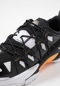 Puma - LQD CELL OMEGA DENSITY - Trainers - white/black - 5