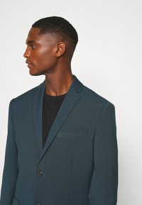Isaac Dewhirst - PLAIN SUIT - Completo - teal - 6