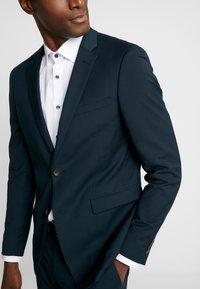 Esprit Collection - SUIT - Kostym - dark green - 7