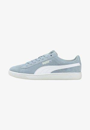 VIKKY V2 - Sneakers - blue fog-puma white-silver