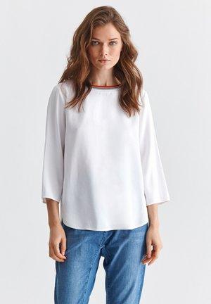 BERIKIA - Blouse - white