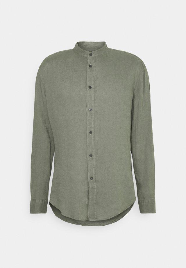 TAROK - Camisa - mottled olive