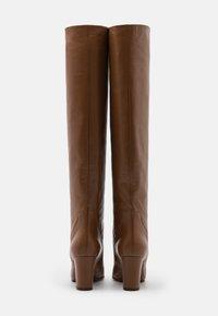 L'Autre Chose - NO ZIP - Over-the-knee boots - camel - 3