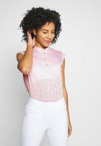 Daily Sports - UMA CAP - Koszulka polo - pink - 0