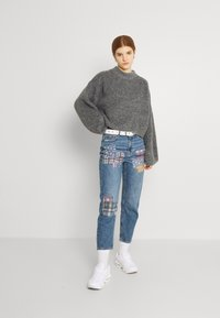 American Eagle - MOM - Straight leg jeans - dark wash - 1