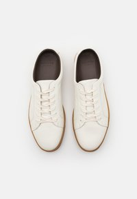 Hudson London - BRACKLA - Baskets basses - white - 3