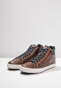 Mustang - High-top trainers - braun - 2
