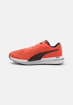 VELOCITY NITRO - Neutral running shoes - lava blast/black/silver