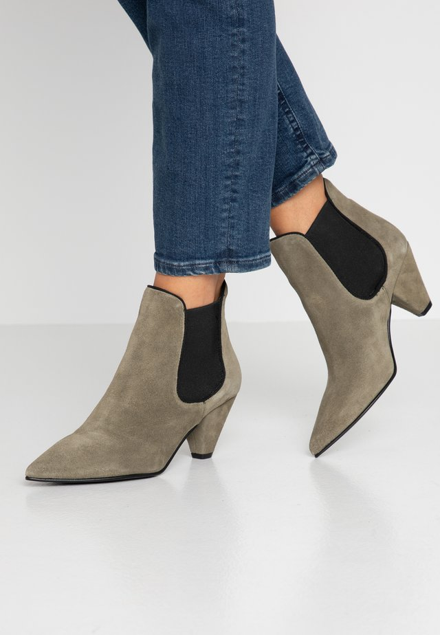ZIBA - Ankle boot - army green