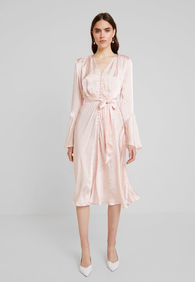 ANNABELLE DRESS - Robe chemise - pink