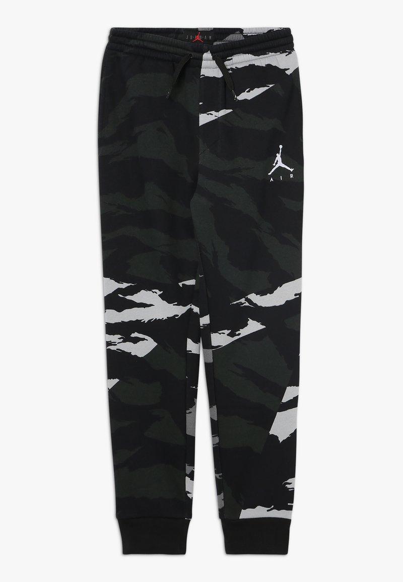 Jordan - JUMPMAN PANT CAMO - Teplákové kalhoty - black