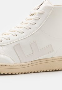 Flamingos' Life - OLD 80S UNISEX - Sneakersy wysokie - all white monocolor - 5