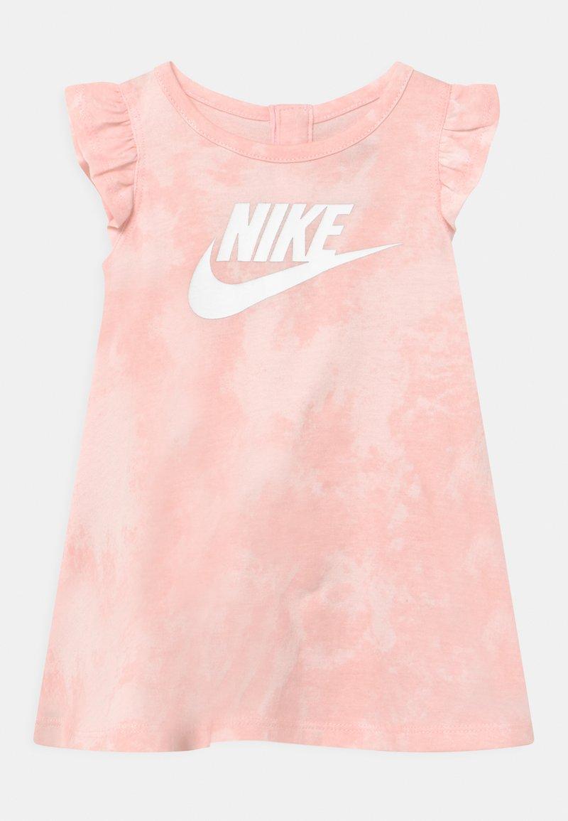 Nike Sportswear - MAGIC CLUB SET - Jersey dress - pink foam