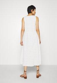 Stevie May - TULLY MIDI DRESS - Denní šaty - white - 2