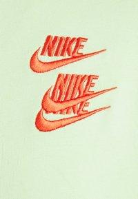 Nike Sportswear - HOODIE - Luvtröja - liquid lime - 8
