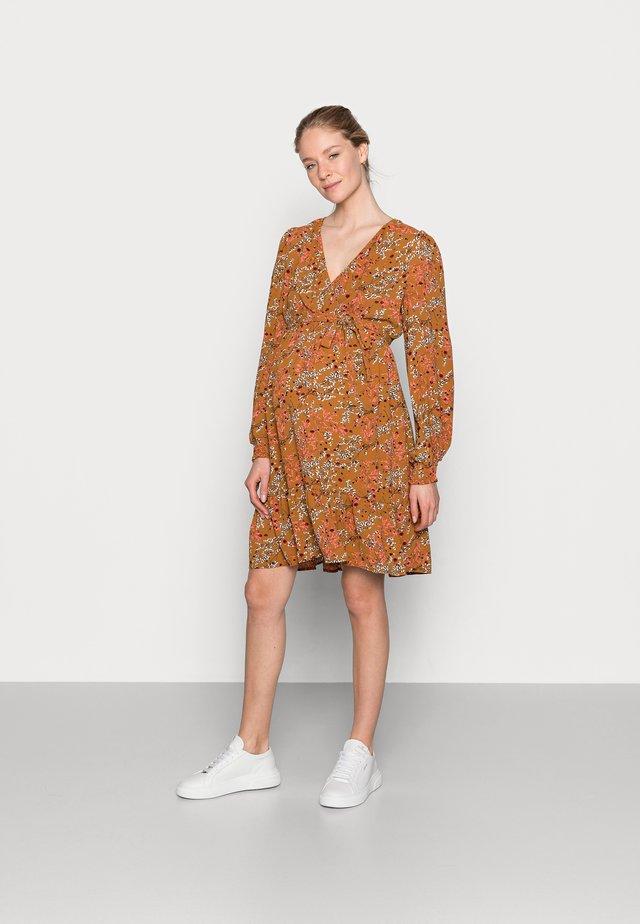 NURSING DRESS - Košilové šaty - meerkat
