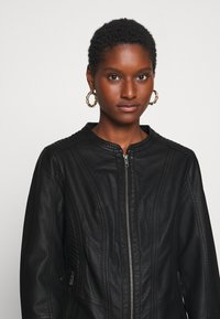 Soyaconcept - SC-AMALIE 4 - Faux leather jacket - black - 5
