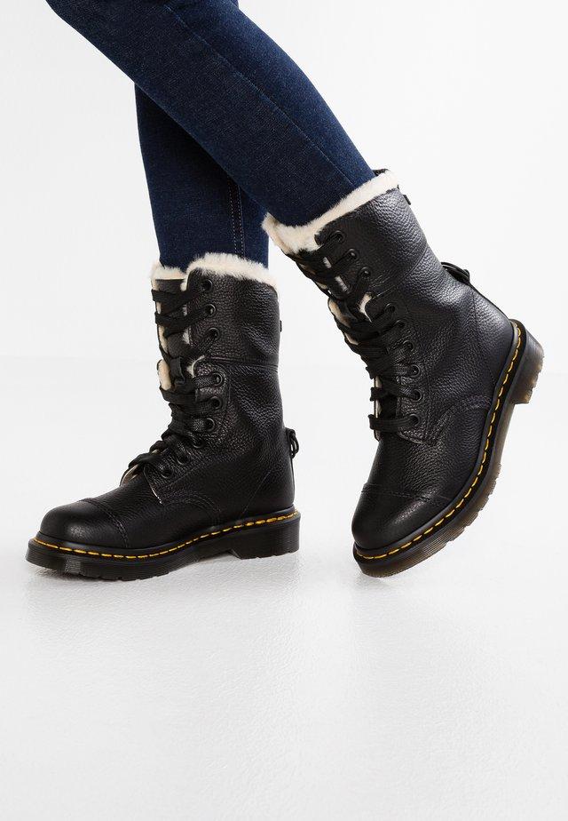 AIMILITA 9 EYE TOE CAP BOOT - Snørestøvler - black