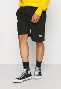 Caterpillar - BASIC  - Shorts - black - 0