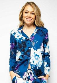 Cyberjammies - Pyjama top - blue floral - 0