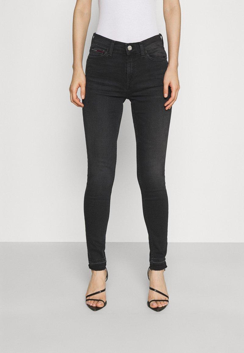 Tommy Jeans - NORA SKINNY - Jeans Skinny Fit - ceasar black