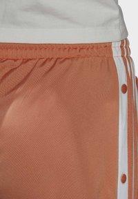 adidas Originals - ADIBREAK - Joggebukse - hazy copper - 7