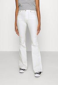 Dr.Denim - MACY - Flared jeans - off white - 0