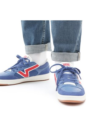 UA LOWLAND CC - Sneakers - NAVY/RED