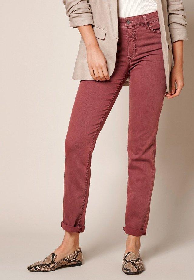 AUDREY - Jeans slim fit - lightberry