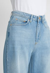 Won Hundred - KIMMY - Flared jeans - used blue - 4