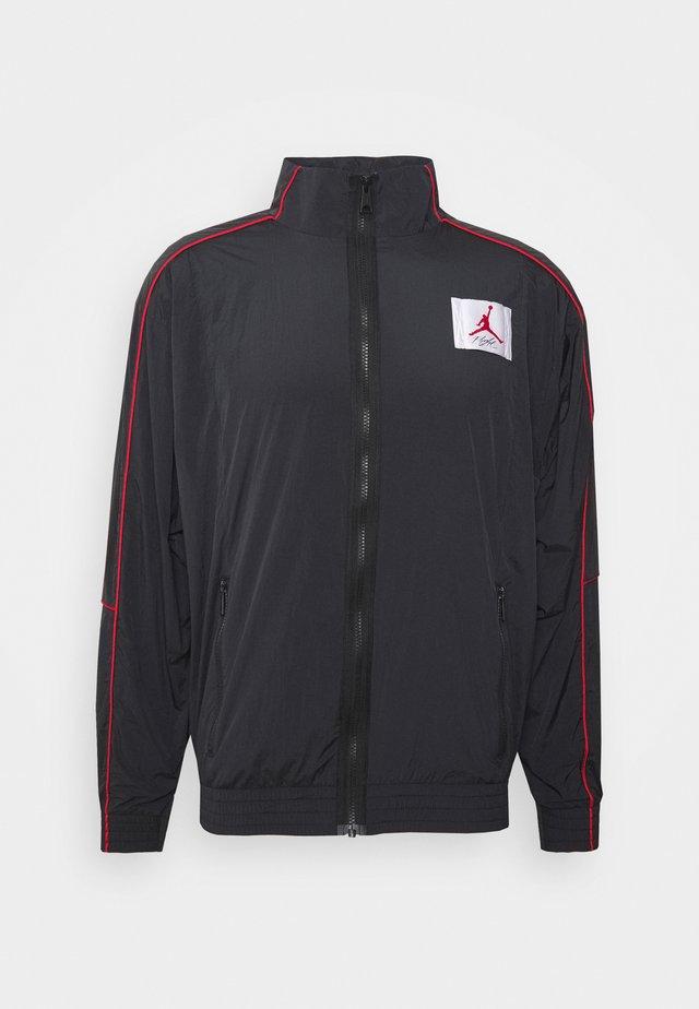 FLIGHT WARMUP - Training jacket - black/black/university red