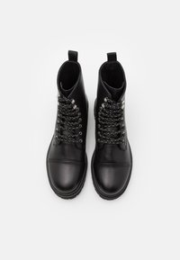 Versace Jeans Couture - Lace-up ankle boots - nero - 3