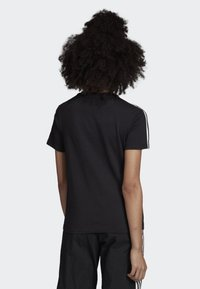 adidas Originals - 3-STRIPES T-SHIRT - T-shirts print - black - 1