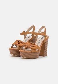 mtng - AMAZONAS - Platform sandals - tan - 2