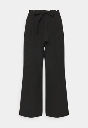 ONLHERO LIFE CULOTTE - Trousers - black